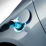 Növekszik a hibrid technológia súlya és a BRIC országok jelentősége az autóiparban