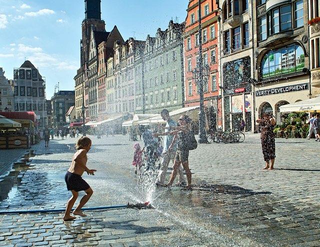 Egy korábbi hőhullám Wroclawban. kép: Olgierd Rudak