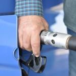 Az új rendszerben szűkebb sávban mozognak az üzemanyagárak