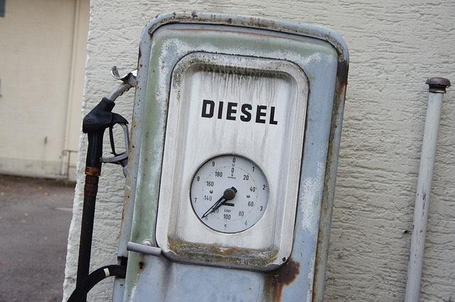 Dízel gázolaj benzinkút