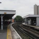 Kisütött a nap, leállt a vonatközlekedés Londonban