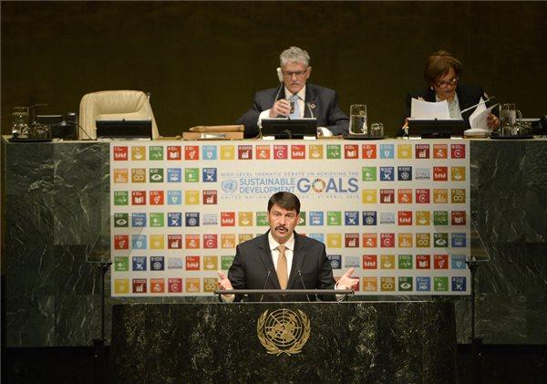Áder János az ENSZ Közgyűlésén. MTI Fotó: Bruzák Noémi