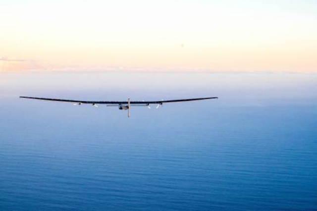 Ismét úton a napelemes repülő