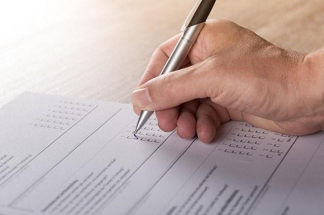 szavazás, kérdőív