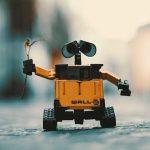 Adót vetne ki a robotokra Bill Gates