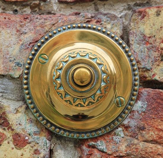 ajtócsengő_gomb