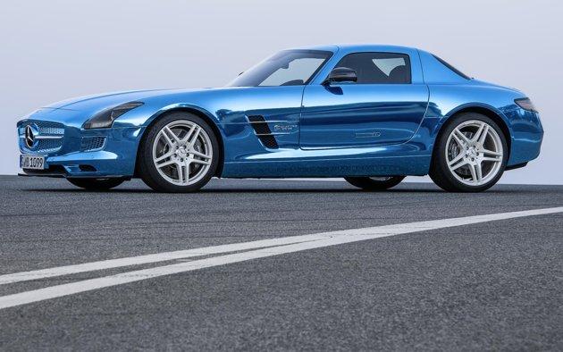 Mercedes-Benz-SLS-AMG-Electric-Drive-side-jpg_233210