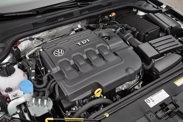 Volkswagen 2015_Jetta_tdi_USA