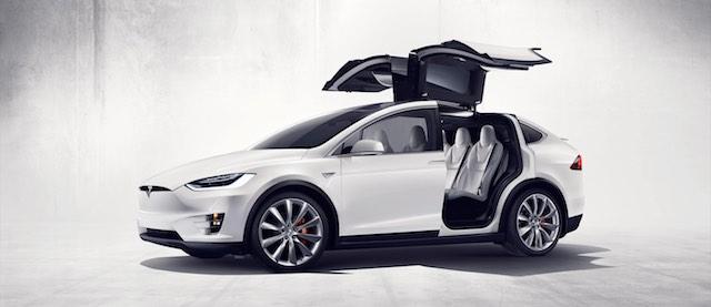 Tesla Model X, a jelenlegi újdonság. Nem tömegmodell.