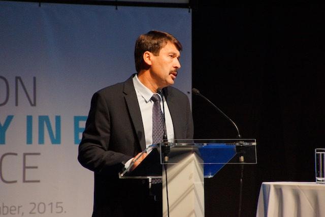 Áder János New way on e-mobility in eu