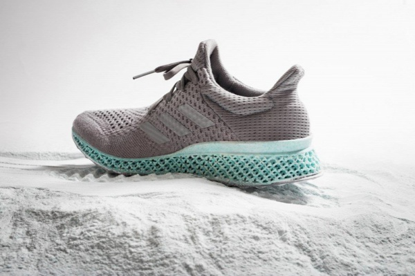 Adaidas cipő tengeri hulladékból