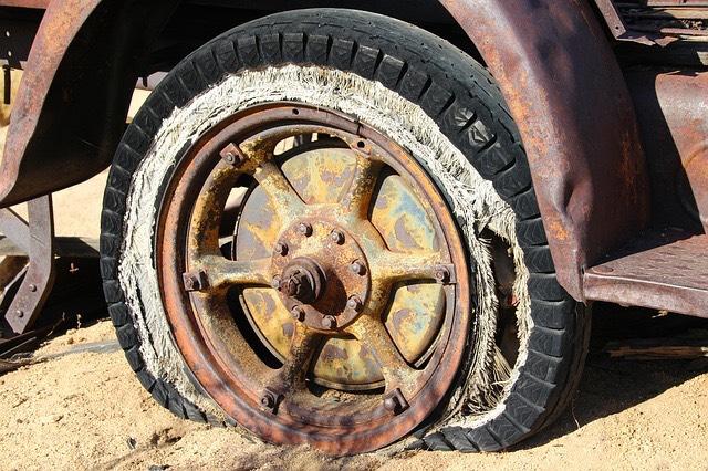 Öreg autó gumi