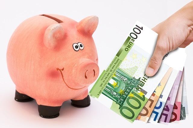 malacpersely pénz euró