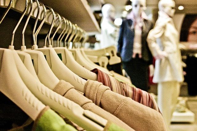 Vásárlás pláza ruha