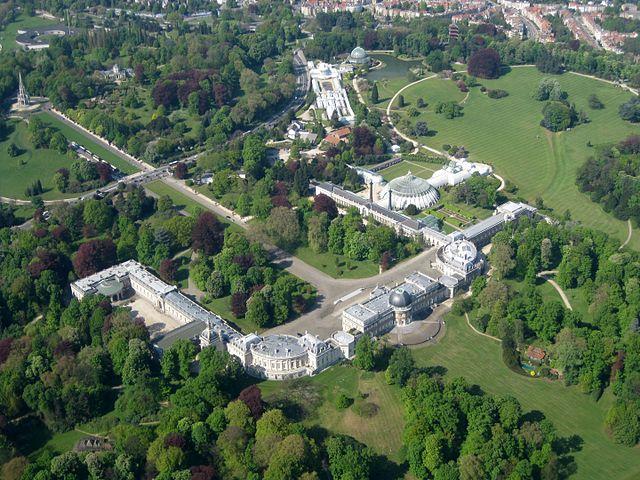 Royal_Palace_Laeken_Belgium